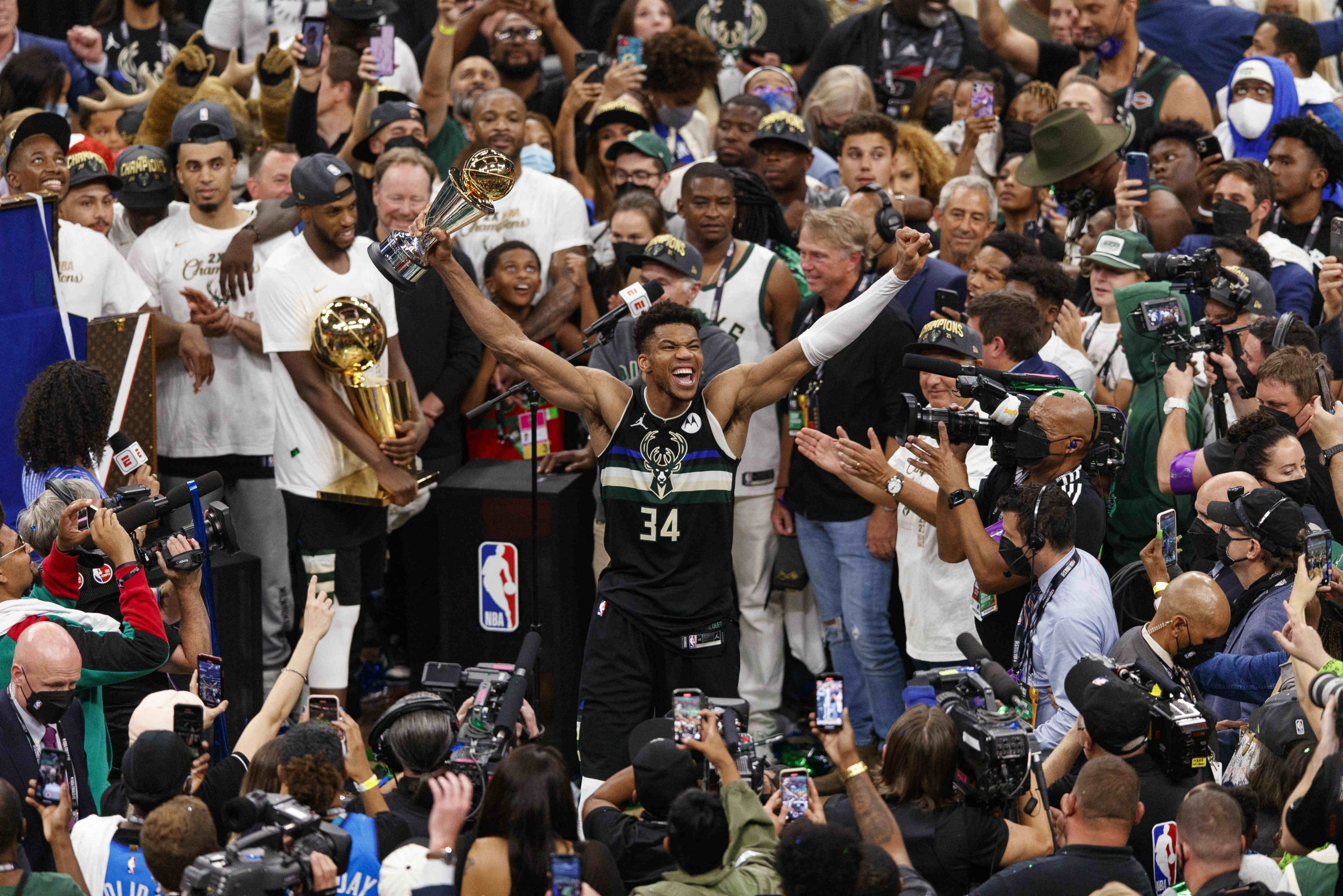NBA-Milwaukee wins first NBA title since 1971, Antetokounmpo named Finals MVP